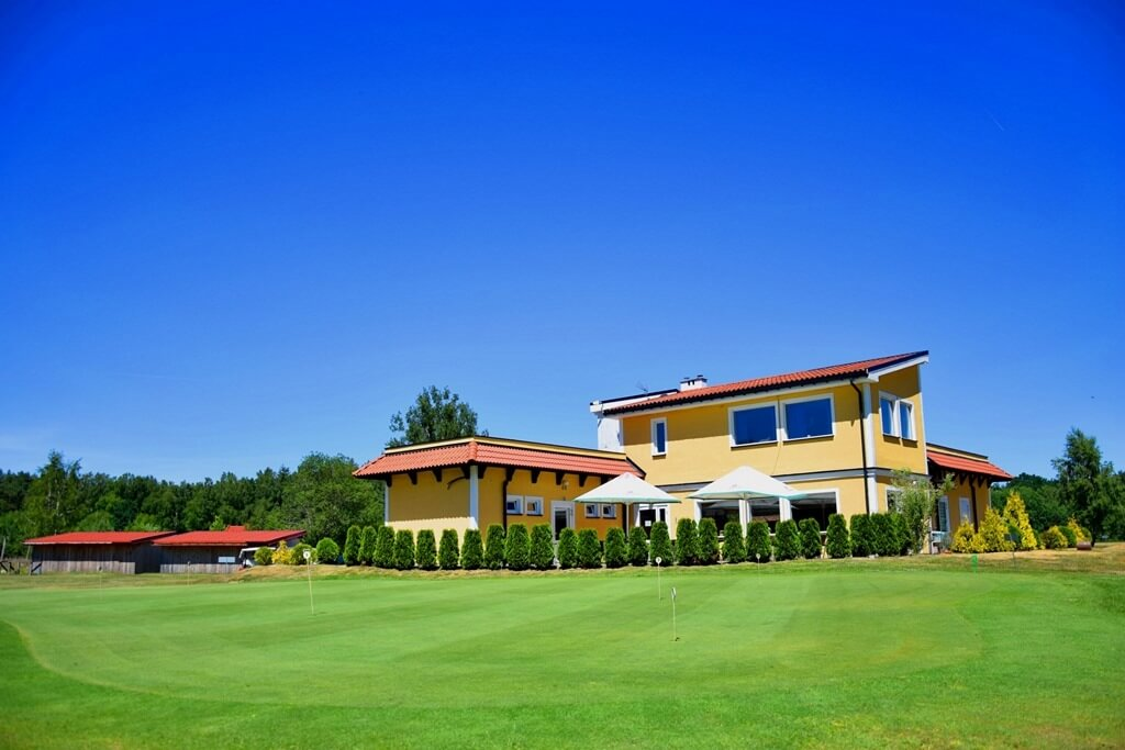 kamień country club